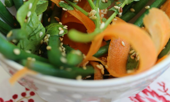 Fine bean, carrot and sesame salad