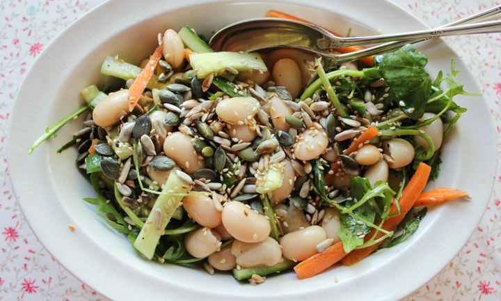 White bean detox salad